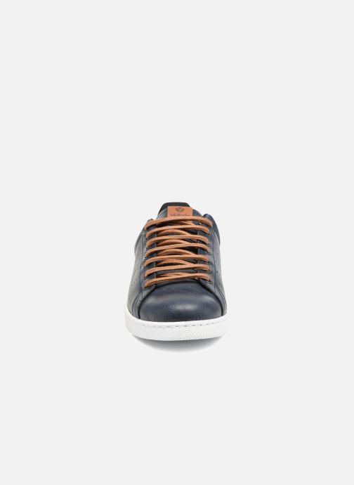 Sneakers Victoria Deportivo Piel PU Contraste Azzurro modello indossato