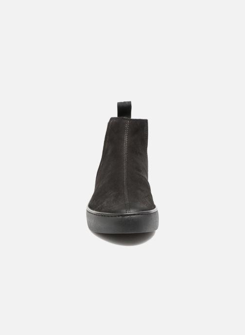 Deportivas Vagabond Shoemakers Zoe 4326-450 Negro vista del modelo