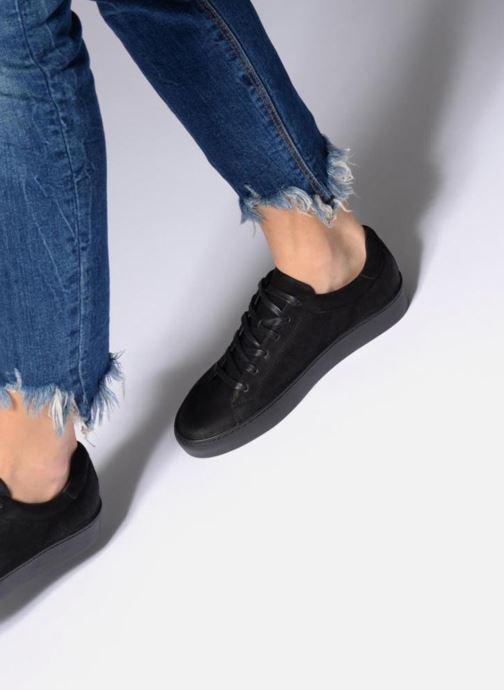 Sneaker Vagabond Shoemakers Zoe 4426-050 schwarz ansicht von unten / tasche getragen