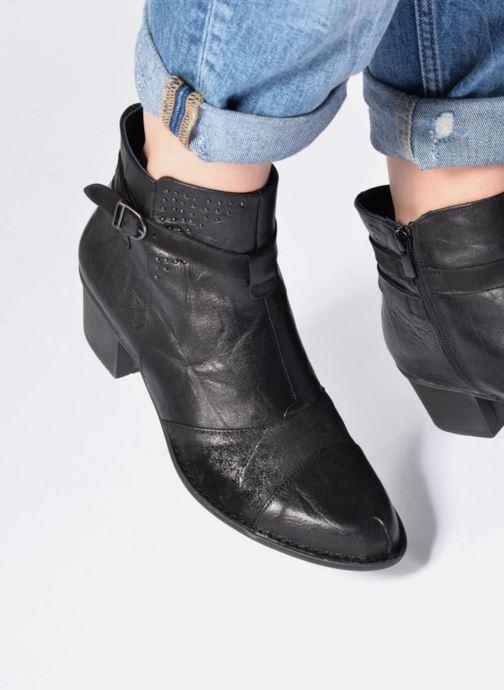 Bottines et boots Dorking Dalma 7371 Noir vue bas / vue portée sac