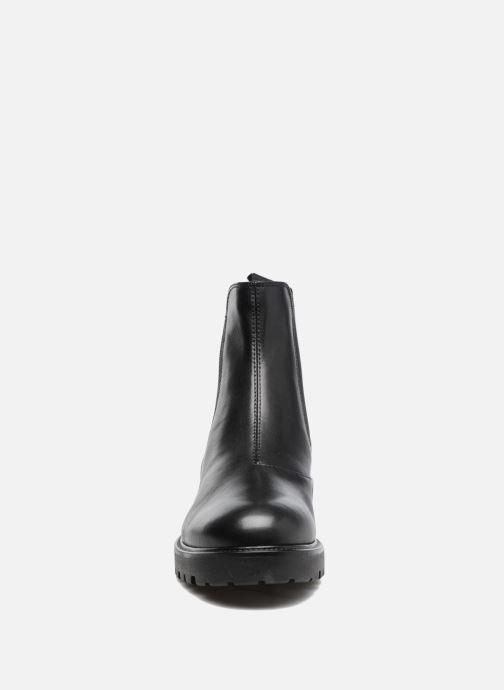 Bottines et boots Vagabond Shoemakers Kenova 4441-701 Noir vue portées chaussures