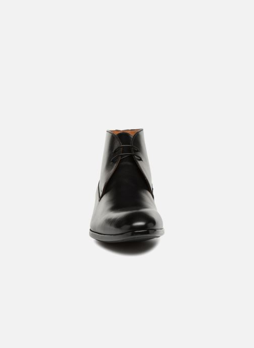 Lace-up shoes Doucal's Orlando Black model view