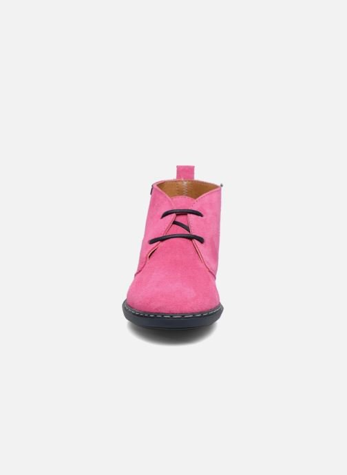 Lace-up shoes Conguitos Lila Pink model view