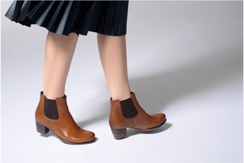 Bottines et boots Ara Florenz ST 46926 Marron vue bas / vue portée sac