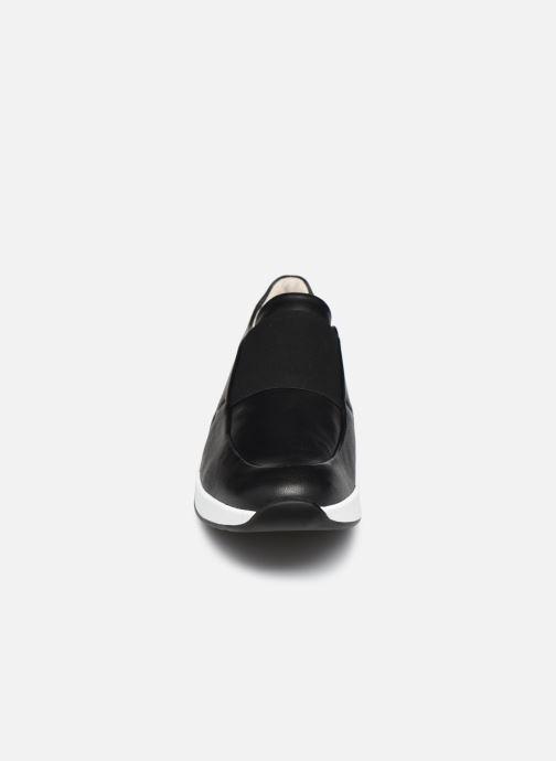 Baskets HÖGL Energy Noir vue portées chaussures