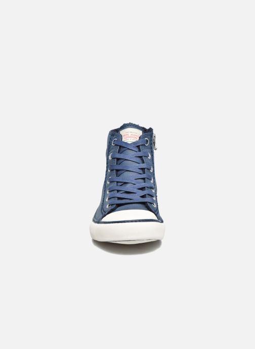 Sneakers Pepe jeans Raider Azzurro modello indossato