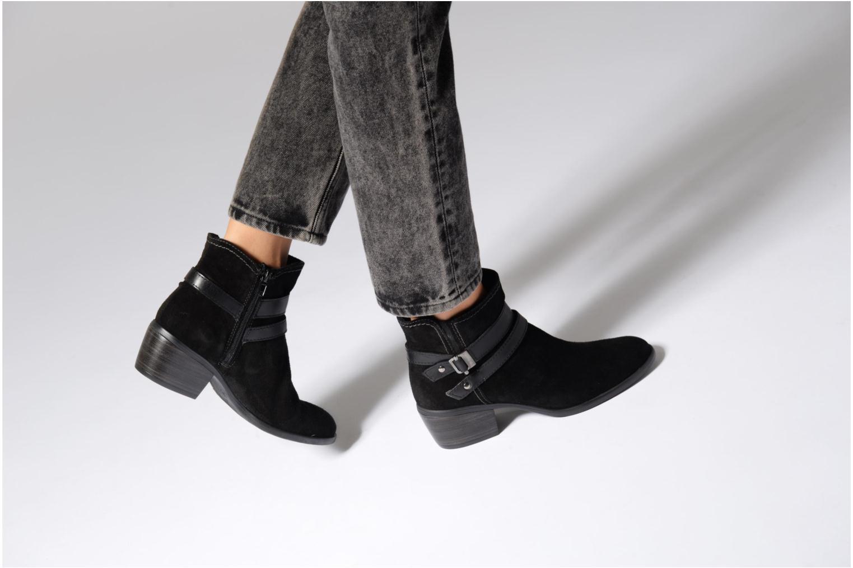 Bottines et boots Tamaris Athellen Noir vue bas / vue portée sac