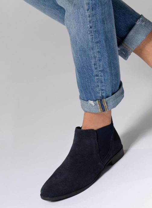 Ankle boots Tamaris Celeanar Black view from underneath / model view