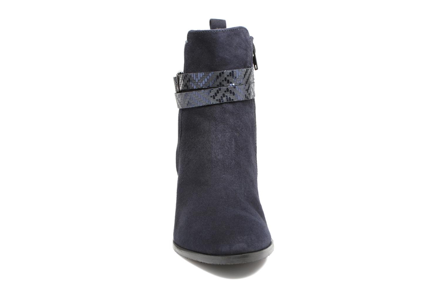 Ankle boots Tamaris Diningal Blue model view