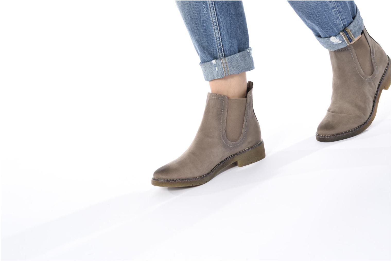 Bottines et boots Tamaris Galadriel Gris vue bas / vue portée sac