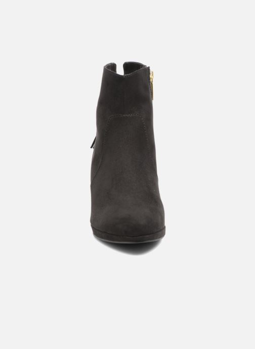 Ankle boots Tamaris Ancala Black model view