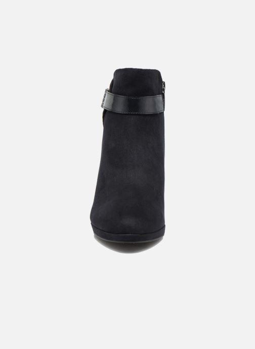 Bottines et boots Tamaris Astaldo Bleu vue portées chaussures