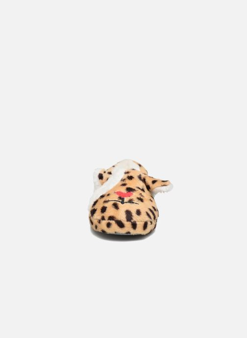 Slippers Sarenza Wear Chaussons Fille Animal Brown model view