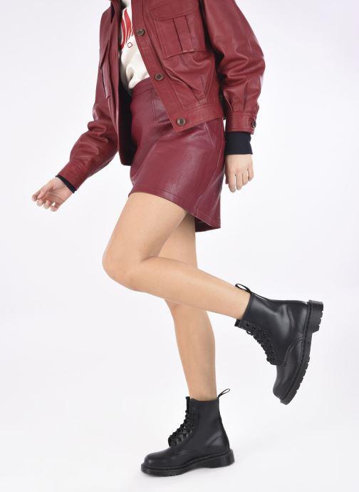 Stiefeletten & Boots Dr. Martens 1460 MONO schwarz ansicht von unten / tasche getragen