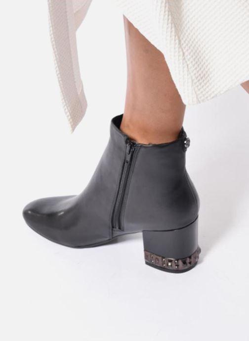 Bottines et boots Guess BLUESKY Noir vue bas / vue portée sac
