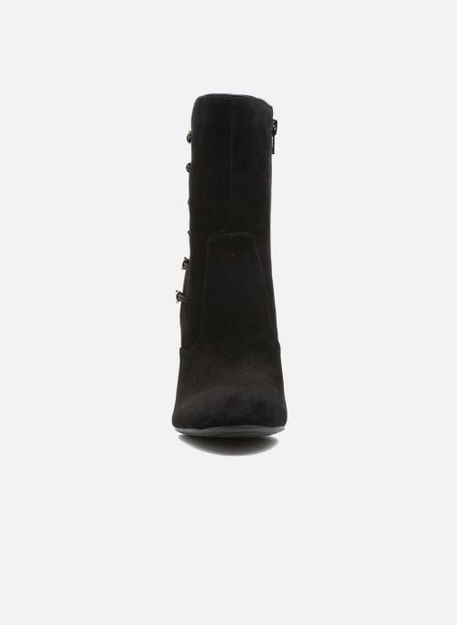 Stiefeletten & Boots Guess LUCENA schwarz schuhe getragen
