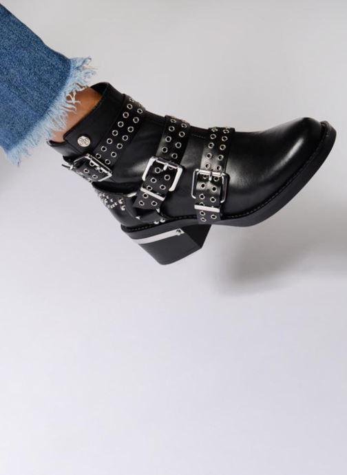 Stiefeletten & Boots Guess FIFII schwarz ansicht von unten / tasche getragen