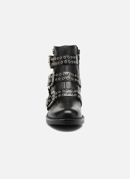 Stiefeletten & Boots Guess FIFII schwarz schuhe getragen