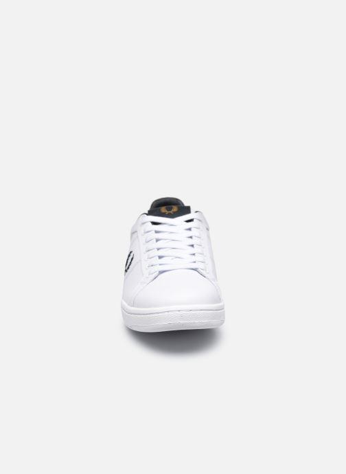 Sneaker Fred Perry B722 Leather weiß schuhe getragen