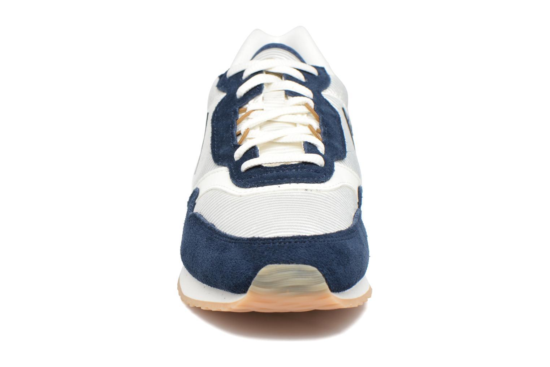 Baskets Le Coq Sportif Louise Bleu vue portées chaussures