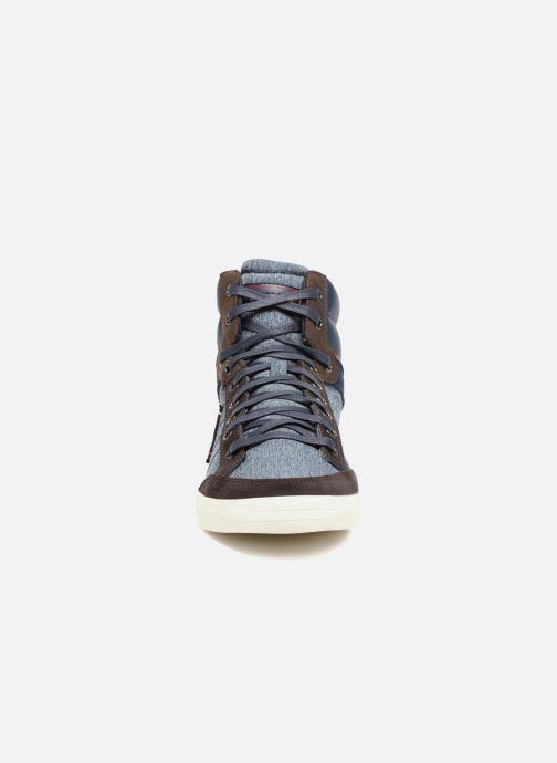 Baskets Le Coq Sportif Portalet Mid Craft Bleu vue portées chaussures