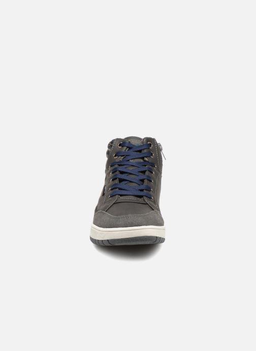Sneakers LICO Malte Grigio modello indossato