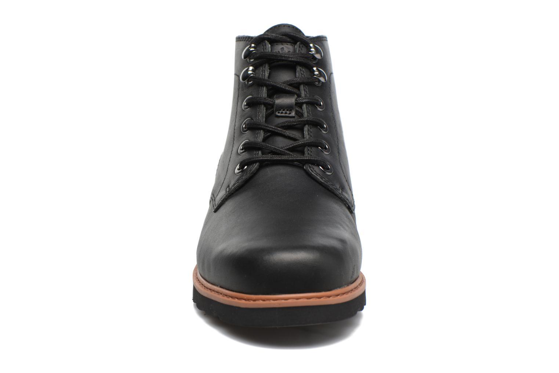 Bottines et boots Timberland Newmarket Lug PT Chukka Noir vue portées chaussures