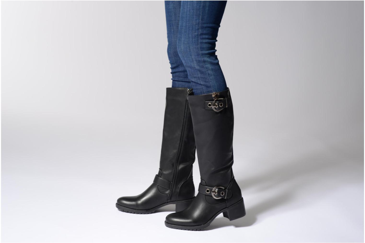Boots & wellies Les P'tites Bombes Gaelle Black view from underneath / model view