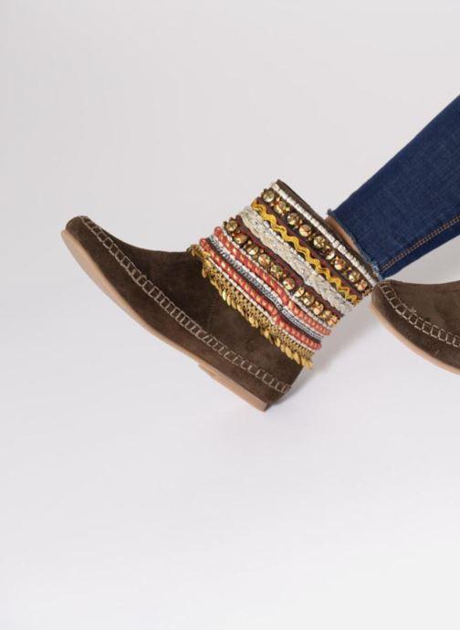 Bottines et boots Les Tropéziennes par M Belarbi Kan Marron vue bas / vue portée sac