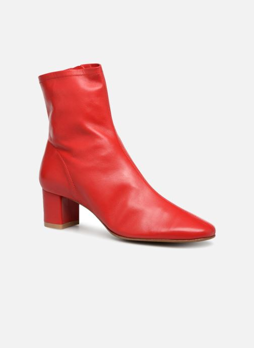 Ankle boots BY FAR Sofia Red detailed view/ Pair view