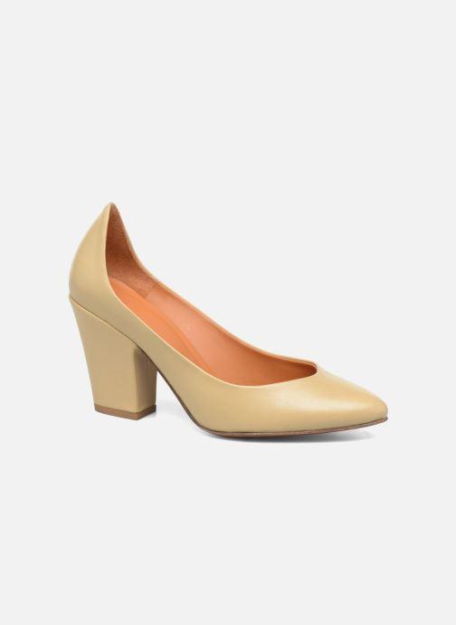Zapatos de tacón BY FAR Niki Pump Beige vista de detalle / par