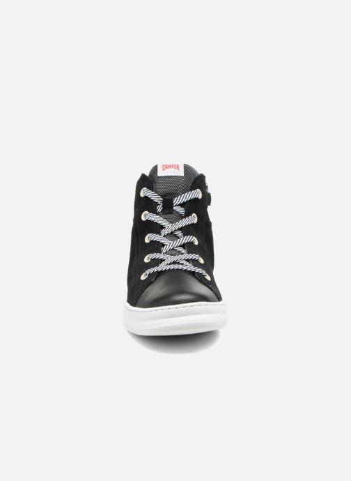 Baskets Camper Runner Four Noir vue portées chaussures