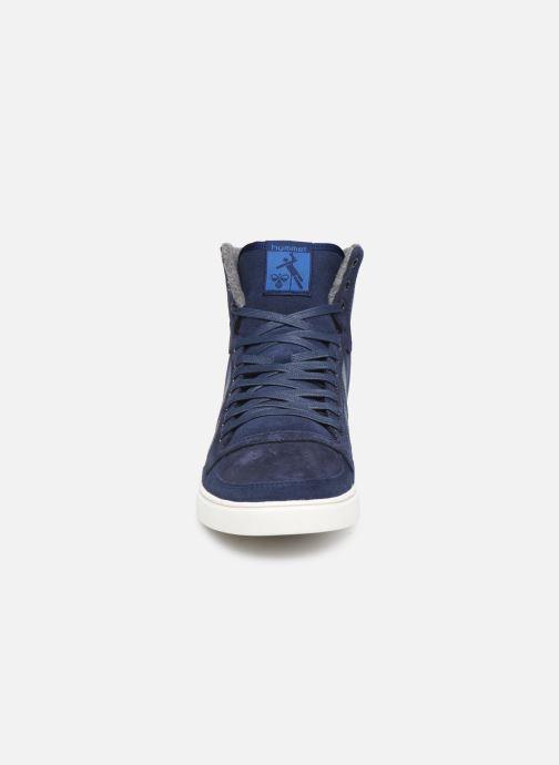 Baskets Hummel Slimmer Stadil Duo Oiled High Bleu vue portées chaussures