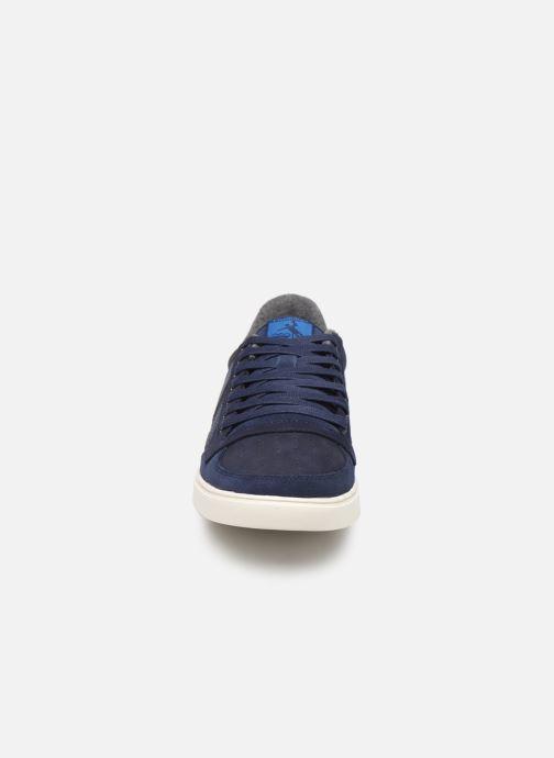 Baskets Hummel Slimmer Stadil Duo Oiled Low Bleu vue portées chaussures