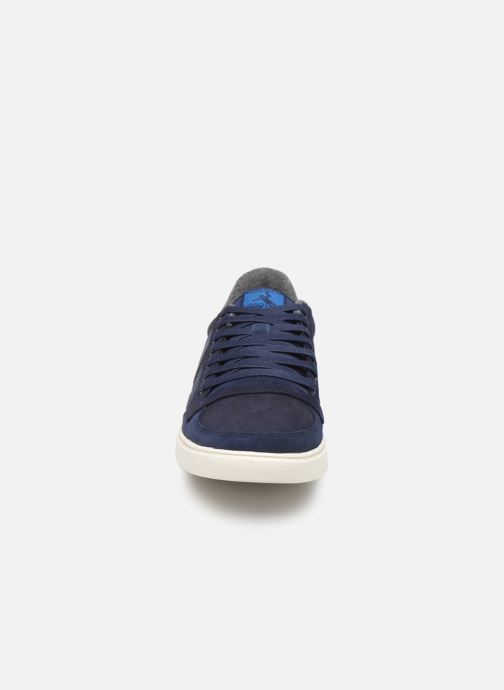 Sneakers Hummel Slimmer Stadil Duo Oiled Low Azzurro modello indossato