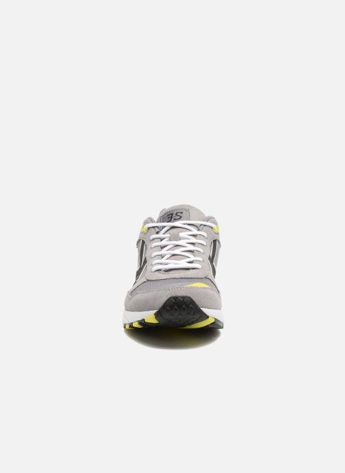 Baskets Hummel 3S Sport Gris vue portées chaussures