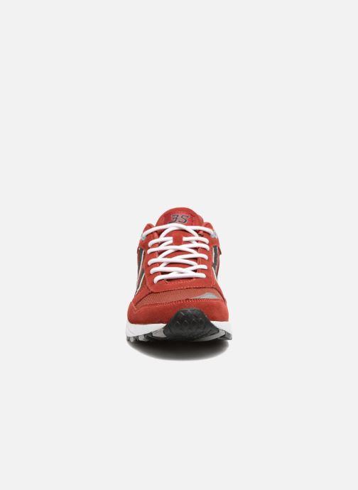 Baskets Hummel 3S Sport Rouge vue portées chaussures
