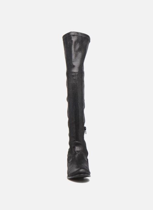 Bottes Georgia Rose Serpentin Noir vue portées chaussures