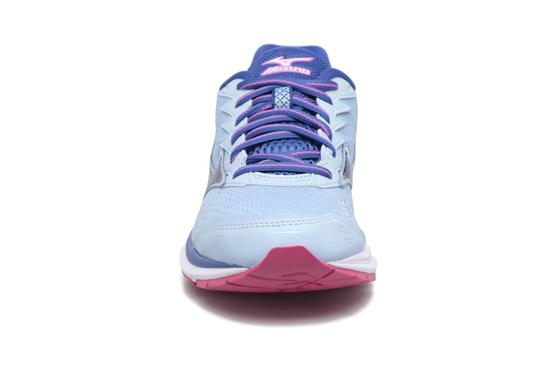 Chaussures de sport Mizuno WAVE RIDER 20 (W) Bleu vue portées chaussures