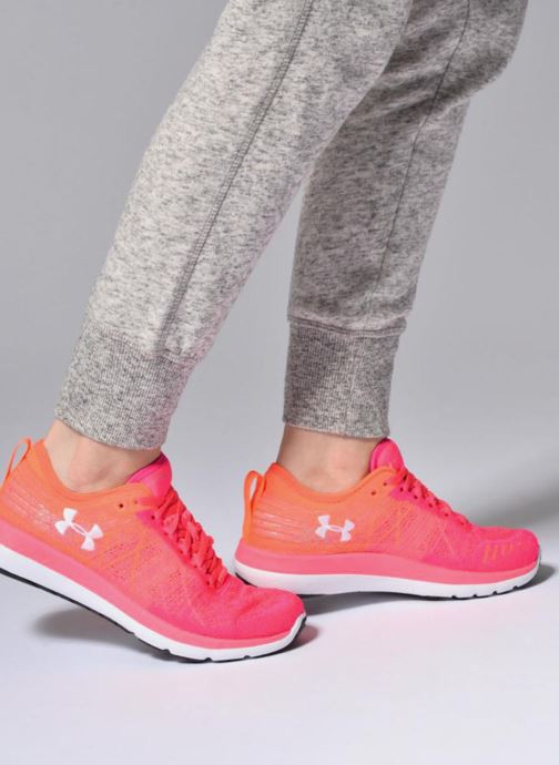 Sport shoes Under Armour W Threadborne Fortis Pink view from underneath / model view