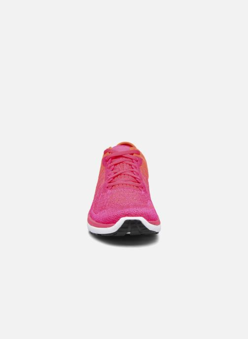 Chaussures de sport Under Armour W Threadborne Fortis Rose vue portées chaussures