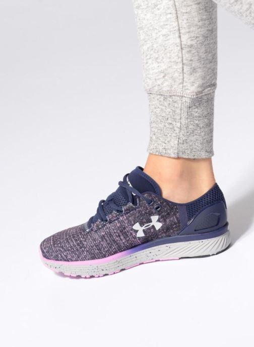 Chaussures de sport Under Armour W Charged Bandit 3 Violet vue bas / vue portée sac