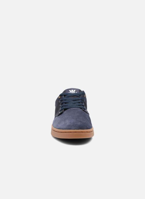 Chaussures de sport Supra Chino Court Bleu vue portées chaussures