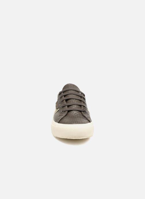 Baskets Superga 2750 Snake W Marron vue portées chaussures