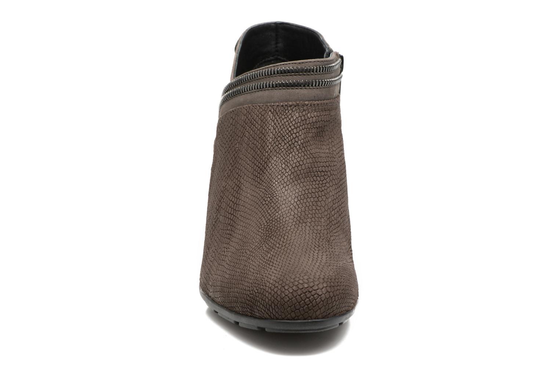 Bottines et boots Mephisto Britie Gris vue portées chaussures