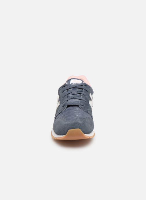 Baskets New Balance WL520 Gris vue portées chaussures