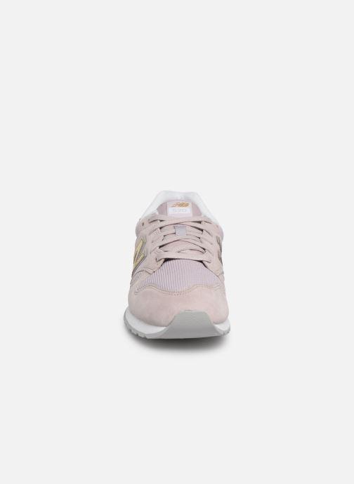 Baskets New Balance WL520 Rose vue portées chaussures