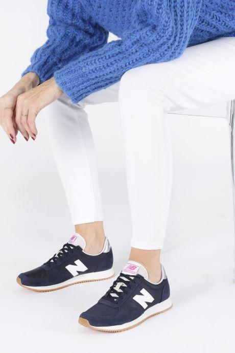 Sneakers New Balance WL220 Blauw onder