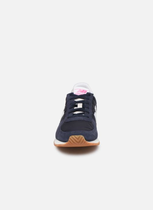Trainers New Balance WL220 Blue model view