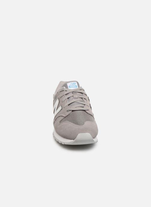Baskets New Balance U520 Gris vue portées chaussures